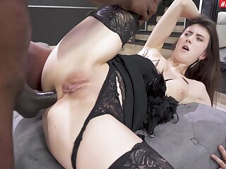 Attracting brunette Lina Luxa drops her panties for anal sex