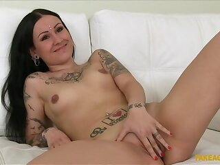 Married Woman Fucks Casting Agent