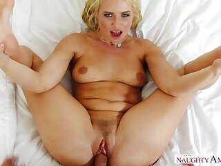 Anikka Albrite fucking in the bedroom adjacent to her bubble butt