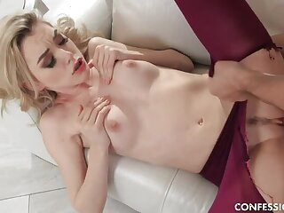 Anny Loves Fucking In Pantyhose