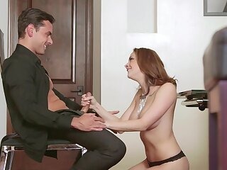 Lifelike MILF pleases herself with a big shut off of detect
