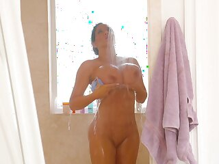 Video of big butt Sybil Stallone getting fucked by a younger darling