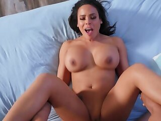 Lucky baffle helps gorgeous Latina roommate using his hard cock